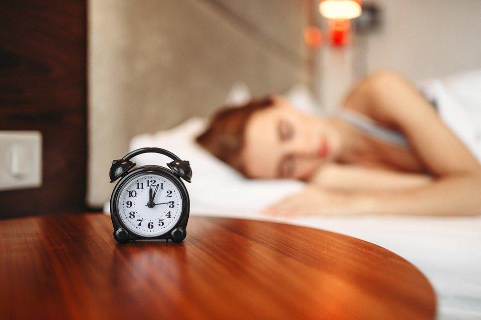 alarm-clock-4568283_960_720